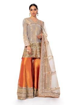 Ethnic Wear Designer, Indian Designer Outfits, Indian Fashion Dresses, Indian Outfits, Sharara Designs, Simple Pakistani Dresses, Designer Party Wear Dresses, Stylish Dresses For Girls, Organza Dress