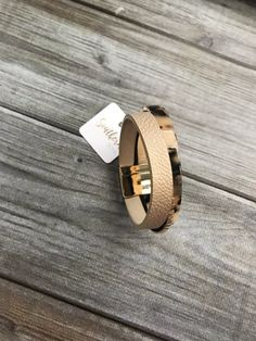 Acetate Leather Magnetic Bracelet Grace And Co, Strand Bracelet, Contemporary Fashion, Tortoise, Love Fashion, Magnets, Rings For Men, Wedding Rings, Engagement Rings