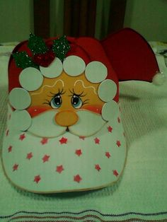 Diy Christmas Ornaments, Christmas Decorations, Xmas, Holiday Decor, Christmas Ideas, Diy And Crafts, Crafts For Kids, Mask For Kids, Santa