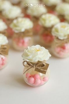Set of 10 Blush Wedding Favors Jar with Candies and Flower Candy favors Wedding Favors for guests Bridal party Favor Baby Shower Favors wedding Pink wedding Wedding Favour Jars, Wedding Favours Luxury, Beach Wedding Favors, Wedding Favors For Guests, Unique Wedding Favors, Luxury Wedding, Wedding Favours Elegant, Vintage Party Favors, Summer Wedding