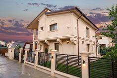 Proiect Casa Rezidentiala Otopeni – Profile Decorative Home Gate Design, House Fence Design, Gate House, Architectural Elements, Home Fashion, House Plans, Exterior, Mansions, House Styles