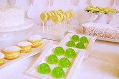 Grünes Maracuja Fruchtgummi! Fruchtgummi herstellen kann wirklich jeder. Es ist total einfach und man kann die Geschmacksrichtungen frei variieren. Das macht wirklich Spaß und geht auch ganz schnell.