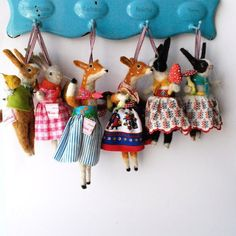 Amazing Needle felting wool animals deer bunny (Via @miss_bumbles)