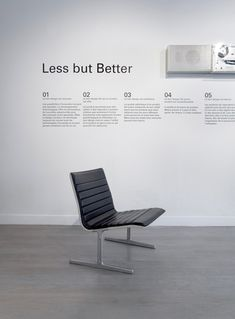 Dieter Rams products for Braun and Vitsœ go on show in Paris 3d Design, Layout Design, Chair Design, Furniture Design, Dieter Rams Design, Braun Dieter Rams, Minimal Design, Business Design, Office Furniture