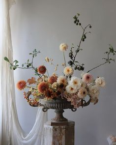 Frida Kim floral arrangement of rust tones and soft cream whites Boho Wedding Flowers, Floral Wedding, Fall Wedding, Wedding Bouquets, Beautiful Flower Arrangements, Silk Flowers, Floral Arrangements, Beautiful Flowers, Floral Centerpieces