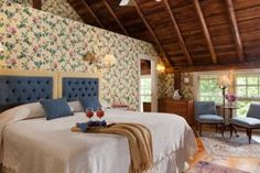42 best the inn at the round barn images vermont wedding rh pinterest com