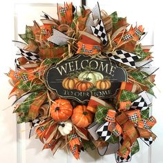 Fall is here! Welcome your family and friends over with this beautiful fall wreath. Fall Mesh Wreaths, Wreath Fall, Christmas Wreaths, Wreath Crafts, Wreath Ideas, Porch Wall Decor, Primitive Autumn, Dog Wreath, Fall Door