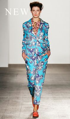 More great colour and pattern by KW.. Must get a patterned suit!!