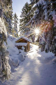 Winter Cabin, Winter Love, Winter Snow, Winter Sunset, Beautiful World, Beautiful Places, Winter Schnee, Snow Scenes, Winter Beauty