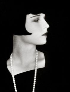 En images : Louise Brooks - Challenges.fr