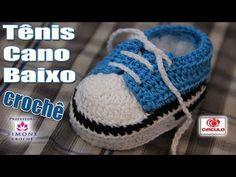 Tênis em crochê cano baixo azul - passo a passo - Professora Simone - Смотреть видео бесплатно онлайн Crochet Baby Shoes, Crochet Baby Booties, Crochet Slippers, Crochet Patron, Knit Or Crochet, Crochet For Kids, Häkelanleitung Baby, Baby Kind, Smith Adidas