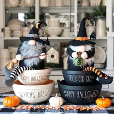 Rae Dunn Halloween in July 🖤 Farmhouse Halloween, Halloween Mantel, Halloween Displays, Halloween Home Decor, Diy Halloween Decorations, Halloween House, Holidays Halloween, Halloween Crafts, Happy Halloween