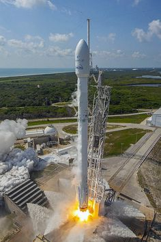 "spaceexp: "" Falcon 9 launch of Eutelsat/ABS by Ben_Cooper """