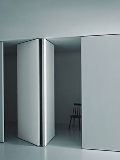 Partition wall PIVOT by Porro #white #minimal