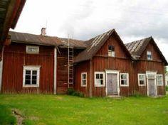 Talo ennen purkamistan Jalasjärvellä 2009 heinäkuussa.