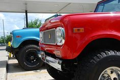 International Scout 800's
