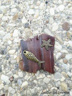 Petit collier en fimo sur le thème de la mer de la boutique latelierdes3cerises…
