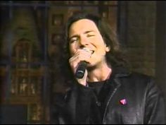 Eddie Vedder - Black - The Late Show with David Letterman - 02/27/1996 (...  Thanks a bunch Dave  I'll miss ya.