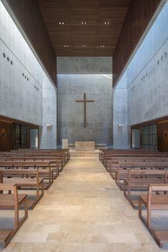 Sacred Architecture, Religious Architecture, Church Architecture, Contemporary Architecture, Architecture Details, Church Interior Design, Church Stage Design, Church Pictures, Modern Church