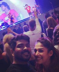 Nayanthara Vignesh Shivan new year celebration actress selfie Actress Nayanthara & Vignesh Shivan Latest HD Pictures All Indian Actress, Indian Actress Gallery, Tamil Actress, Indian Actresses, Bruno Mars Concert, New Year Celebration, Hd Picture, Upcoming Movies, Still Image