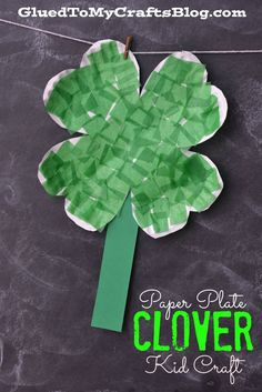 Paper Plate Clover {Kid Craft} for St Patrick's Day.