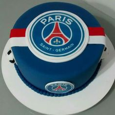 Bolo Paris, Bithday Cake, Soccer Cake, New Cake, Paris Saint, Saint Germain, 7th Birthday, Cupcake Cakes, Salons