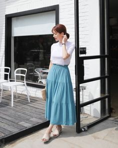 Long Skirt Fashion, Long Skirt Outfits, Fashion Pants, Modest Fashion, Fashion Dresses, Korean Fashion Trends, Korean Street Fashion, Classy Outfits, Chic Outfits