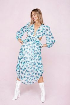 35+ Stores Like SheIn for Affordable + Stylish Clothes (2021 Roundup!) Special Occasion Dresses, Occasion Wear, Fashion Tv, Cutout Dress, Floral Maxi Dress, Instagram Fashion, Casual Looks, Dress Outfits, Nice Dresses