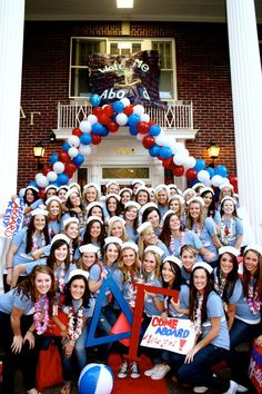Omg my actual bid day :) at the university of Oregon!! Although I am hidden in the back