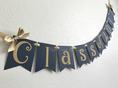 Class of 2017 Graduation Banner in Navy Blue and Gold. Class of 2017 Graduation Banner in Navy Blue and Gold. Graduation Banner, Preschool Graduation, Graduation Photos, College Graduation, Graduation Gifts, Reunion Decorations, Gold Party Decorations, Graduation Decorations, Banner Digital