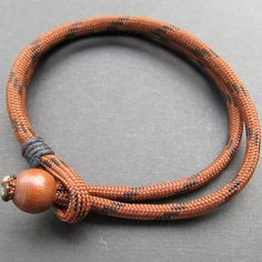 Mens chocolate and black double strand paracord bracelet von lowusu