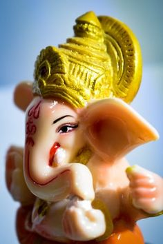 three Lord Ganesha statuettes photo – Free Crowd Image on Unsplash