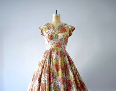 1950s dress . spring floral dress . Adele Simpson dress