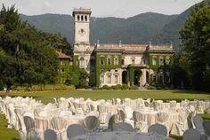 Villa Erba, il Wedding sul lago di Como The Wedding Italia Italy Wedding, Wedding Locations, Reception, Building, Villa, Travel, Weddings, Beautiful, Instagram