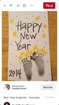 Animal Crafts For Kids, Christmas Crafts For Kids, Christmas And New Year, Kids Christmas, Holiday Crafts, Popular Christmas Songs, Happy New Year 2014, Reindeer Decorations, Footprint Art