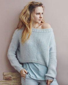 Knitwear Fashion, Knit Fashion, Sweater Fashion, Womens Fashion, Winter Sweater Dresses, Pastel Fashion, Mohair Sweater, Autumn Winter Fashion, Knit Crochet
