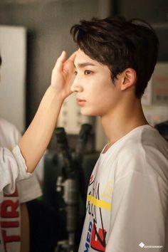 hyunwoo trcng