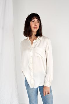 Simple linen basics that will redefine the essentials in your wardrobe to become your new uniform. These nursing friendly classic women's pieces are sustainably made in Los Angeles. Ethical Fashion, Breastfeeding, Pregnancy, Silk, Cream, Long Sleeve, Shopping, Collection, Tops