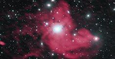 Imagen tomada por el VLA de un minihalo que emite en radio en el cúmulo de galaxias de Perseo. La emisión en radio se muestra en rojo, y la luz óptica en blanco . Crédito: Gendron-Marsolais et al.; NRAO/AUI/NSF; NASA; SDSS.    Un equipo de astrónomos ha descubierto, utilizando el conjunto de radiotelescopios VLA, detalles nuevos que están ayudándoles a descifrar el misterio de cómo se forman estructuras gigantescas que emiten en radio en el centro de un cúmulo de galaxias.