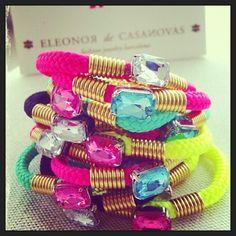 El martes recibimos las pulseras bling bling de #eleonordecasanovas!!! #trendy #colour #fashion #moda #summer #verano #me #pulseras # giralunatrendy #playa #fluor #instamood #instafashion - @giralunatrendy- #webstagram