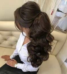Braided Updo - 20 Easy Party Hairstyles for Long Hair - The Trending Hairstyle Quince Hairstyles, Bride Hairstyles, Ponytail Hairstyles, Cool Hairstyles, Bridesmaid Hair, Prom Hair, Wedding Hair And Makeup, Bridal Hair, Quinceanera Hairstyles