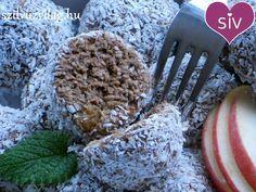 Finom kókuszgolyó zabpehelyből és almából - Hozzávalók 50 dkg alma lereszelve (4 közepes darab) 20 dkg lágy (apró szemű) zabpehely 8+3 dkg kókuszreszelék 4 ek zabkorpa 2 ek kakaópor 1 mk fahéj (4 ek mandulalikőr) 1 marék mazsola (stevia / méz / eritrit / agavé szirup)