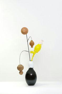 Helen Jongerius vase & flowers