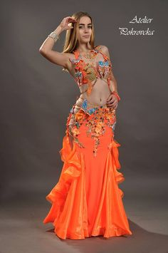 d7b60662a3c3 12 Best Bollywood Dance Costumes images