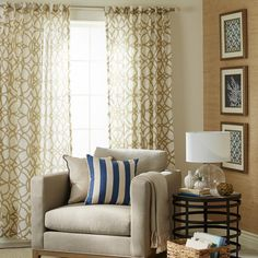 Give your room a quick facelift with new curtains. With the right tools and some planning, you can freshen up your home's decor in no time.