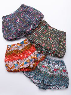 girls patterned balloon bloomers // via fa-fa shop