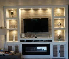 Excellent simple ideas for your inspiration Built In Shelves Living Room, Built In Wall Units, Living Room Wall Units, Living Room Tv Unit Designs, Home Living Room, Tv Wall Shelves, Home Fireplace, Living Room With Fireplace, Fireplace Design