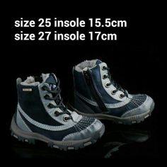 READY STOCK KIDS LEATHER BOOTS KODE : ATOM BLUE Size 25,27 PRICE : Rp.205.000,- AVAILABLE SIZE :  - Size 25 (15,5cm) - Size 27 (17cm)  Material : Full Genuine Leather (Kulit Asli),Sol karet lentur. Ringan dan nyaman sesuai utk anak-anak.  Insole = panjang sol dalam. Ukurlah panjang telapak kaki anak, beri jarak minimal 1,5cm dari insole.  FOR ORDER : SMS/Whatsapp 087777111986 PIN BB : 766A6420 (no group) PIN BB : 26e6d360 (ada group) LINE : mayorishop FB : Mayorishop  #pusatsepatubootsanak…