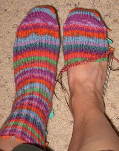 "Pickin' and Throwin': ""Winner"" Sock Pattern - Toe Up Knitted Socks Free Pattern, Crochet Socks, Knitted Slippers, Knit Or Crochet, Knitting Socks, Knitting Stitches, Hand Knitting, Knitting Patterns, Knit Socks"