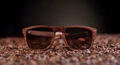 ROODSER wooden sunglasses, handcrafted / lentes de madera  100% hechos a mano  Modelo: RDSW polarizado  País: México  Fotografía: Hector Lara